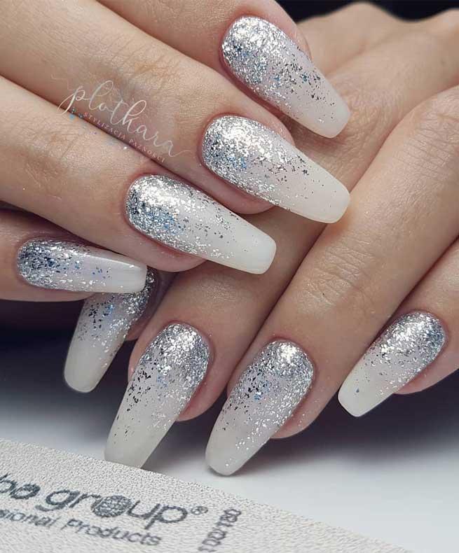 diseños de uñas para pies 2021 fuente instagram plotkara.stylizacja.paznokci